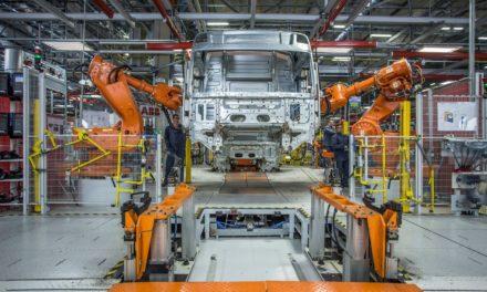 Volvo reduz produção na fábrica de Curitiba
