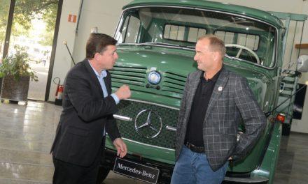 Mercedes-Benz pode priorizar funcionários da Ford nas contratações