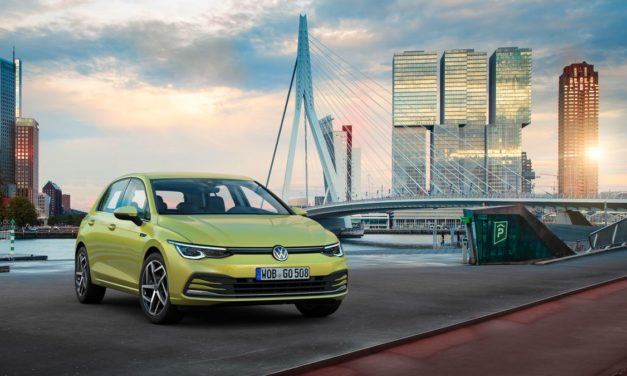 VW lança nova geração do Golf