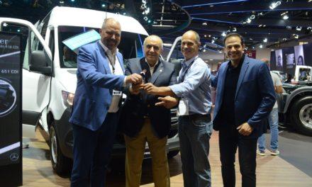 Mercedes-Benz vende 40 furgões da nova Sprinter na Fenatran