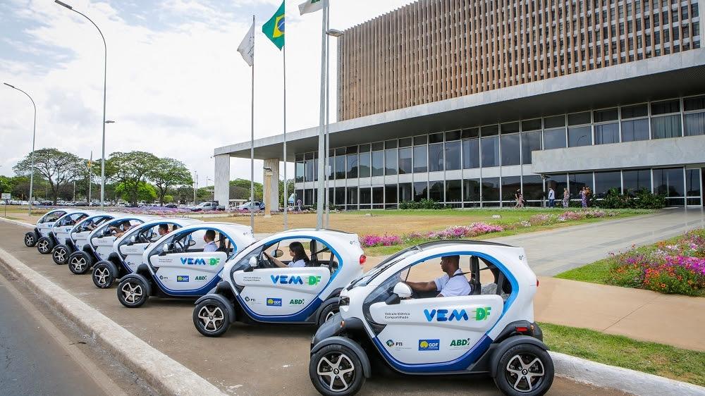Renault Twizy em serviço de compartilhamento no Distrito Federal