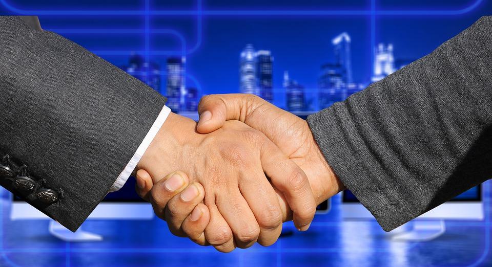 FCA e PSA reduzem riscos com a fusão, avalia consultor
