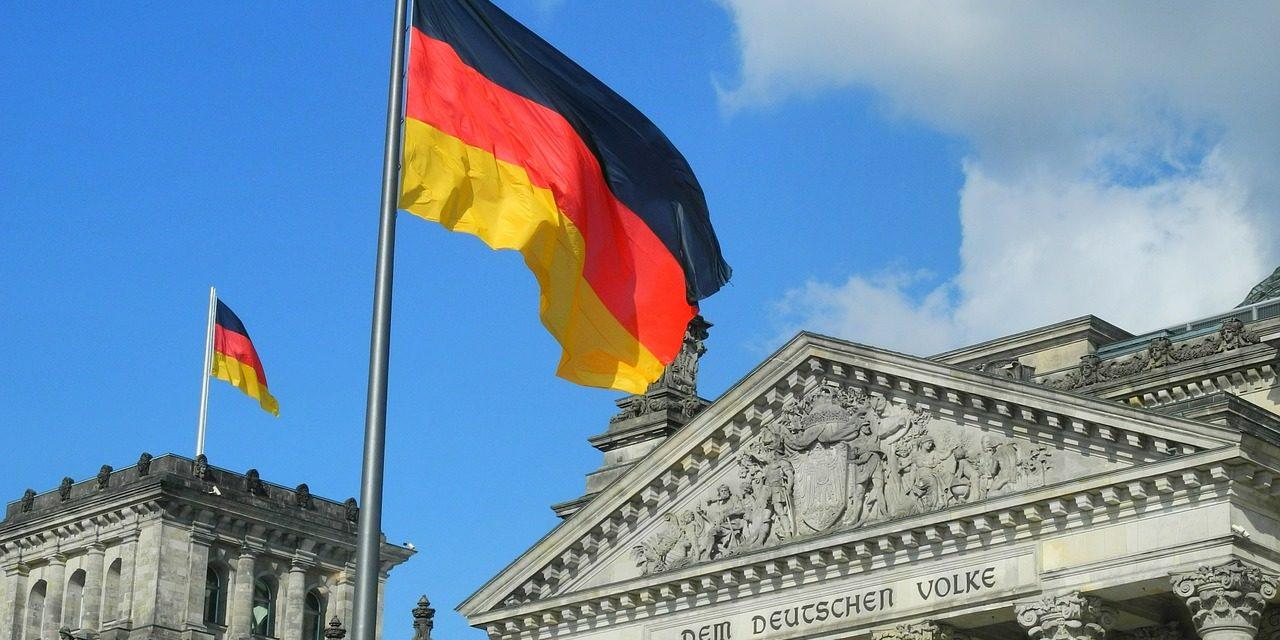 Alemanha multa BMW, Daimler e Volkswagen em € 100 milhões