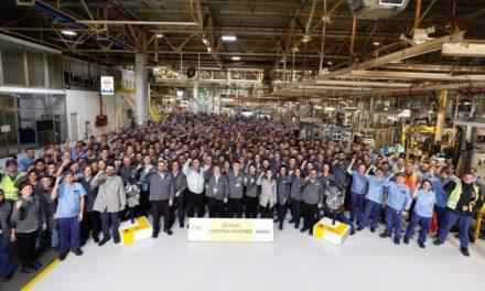 Renault comemora 20 anos da fábrica de motores brasileira