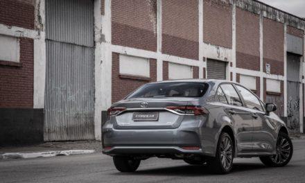Versão híbrida responde por 22% das vendas do Corolla