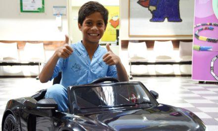 Hospitais infantis ganham carrinhos elétricos da Audi