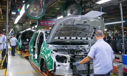 Produção de veículos recua 16% em 2020
