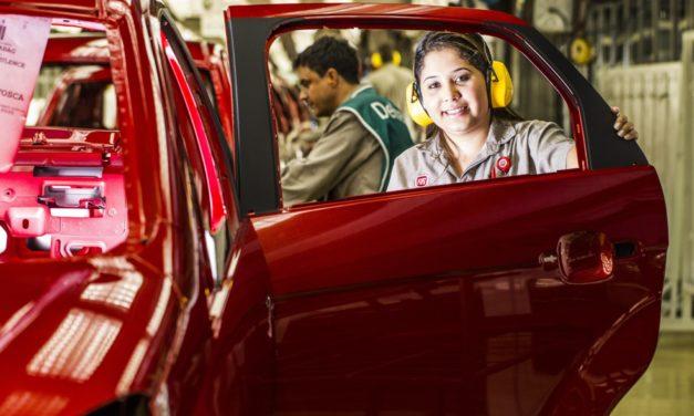 Anfavea prevê alta de 7,3% na produção de veículos este ano
