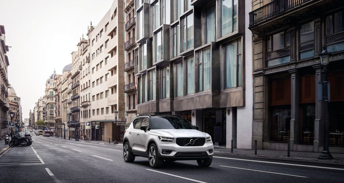 Volvo inicia pré-vendas do XC40 híbrido