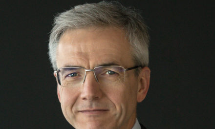Karl Deppen assume presidência da Mercedes-Benz