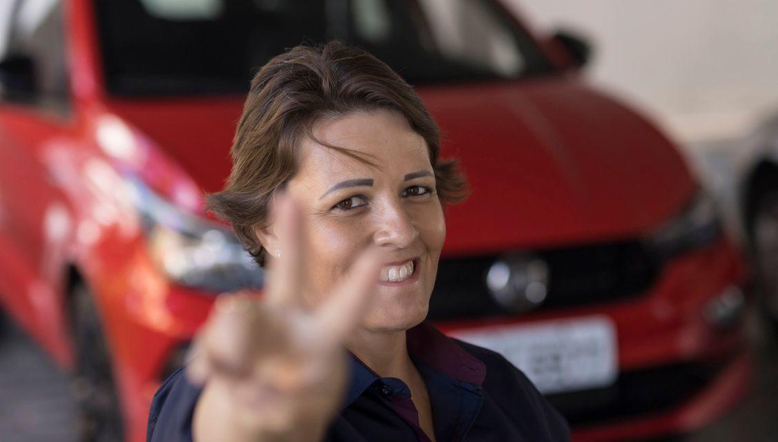 Mulher: FCA alerta sobre preconceito no trânsito.