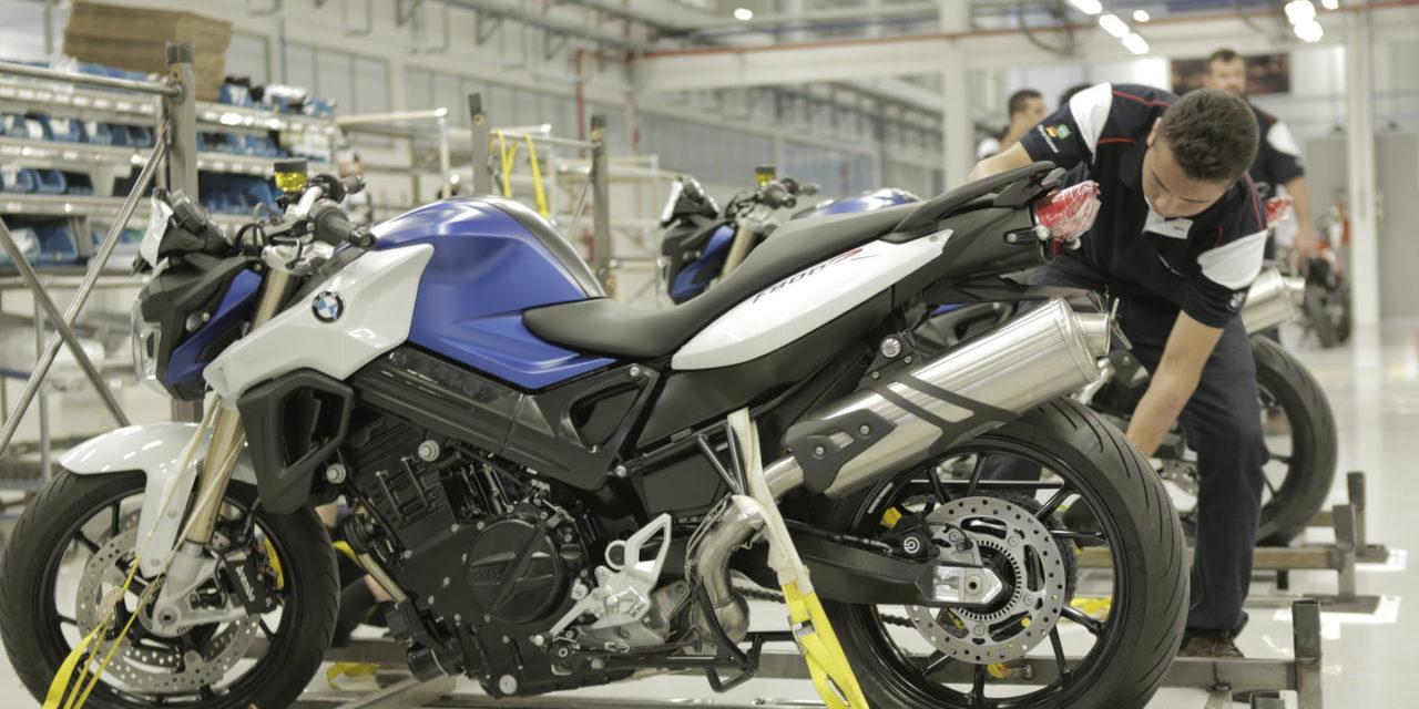 Em maio, 80% dos fabricantes de motos voltaram a produzir