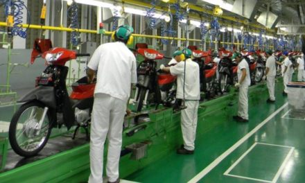 Honda estende paralisação na produção de motos