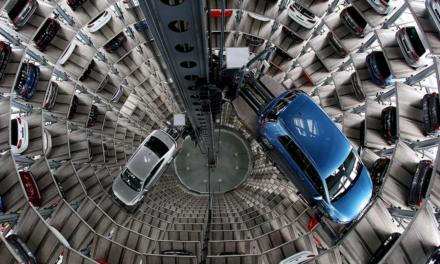 Mercado europeu de automóveis despenca 55% em março