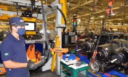 DAF reinicia produção em Ponta Grossa