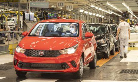 Com os devidos cuidados, FCA retoma produção de automóveis