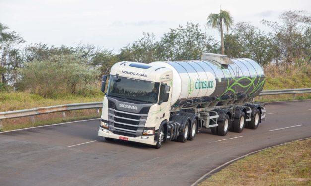 Scania amplia parceiras para o uso do gás no transporte