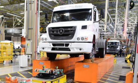 Mercedes-Benz encerra produção do Atron