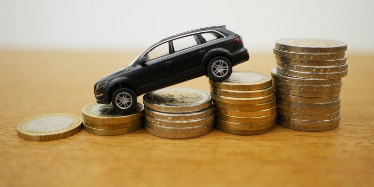 Carros 1.0 pagam menos impostos do que medicamentos