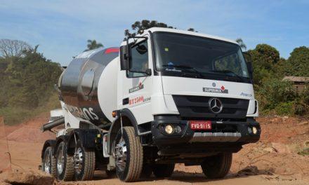 Mercedes-Benz cria versão mais leve de betoneira