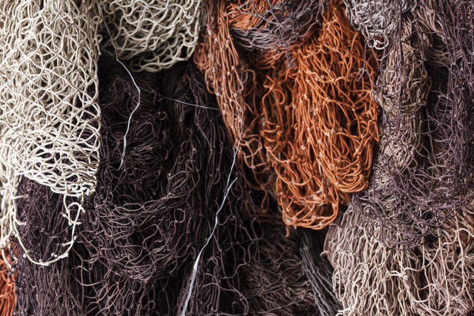 Nylon reciclado de rede de pescas ganha espaço nos automóveis