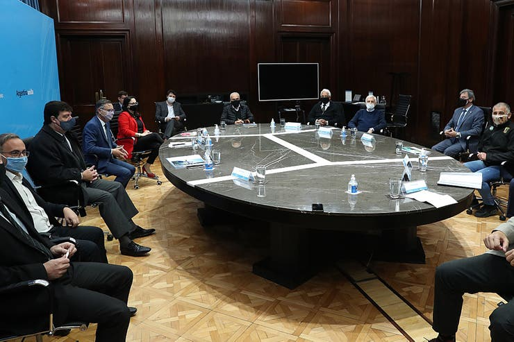 Indústria argentina começa a debater futuro com o governo