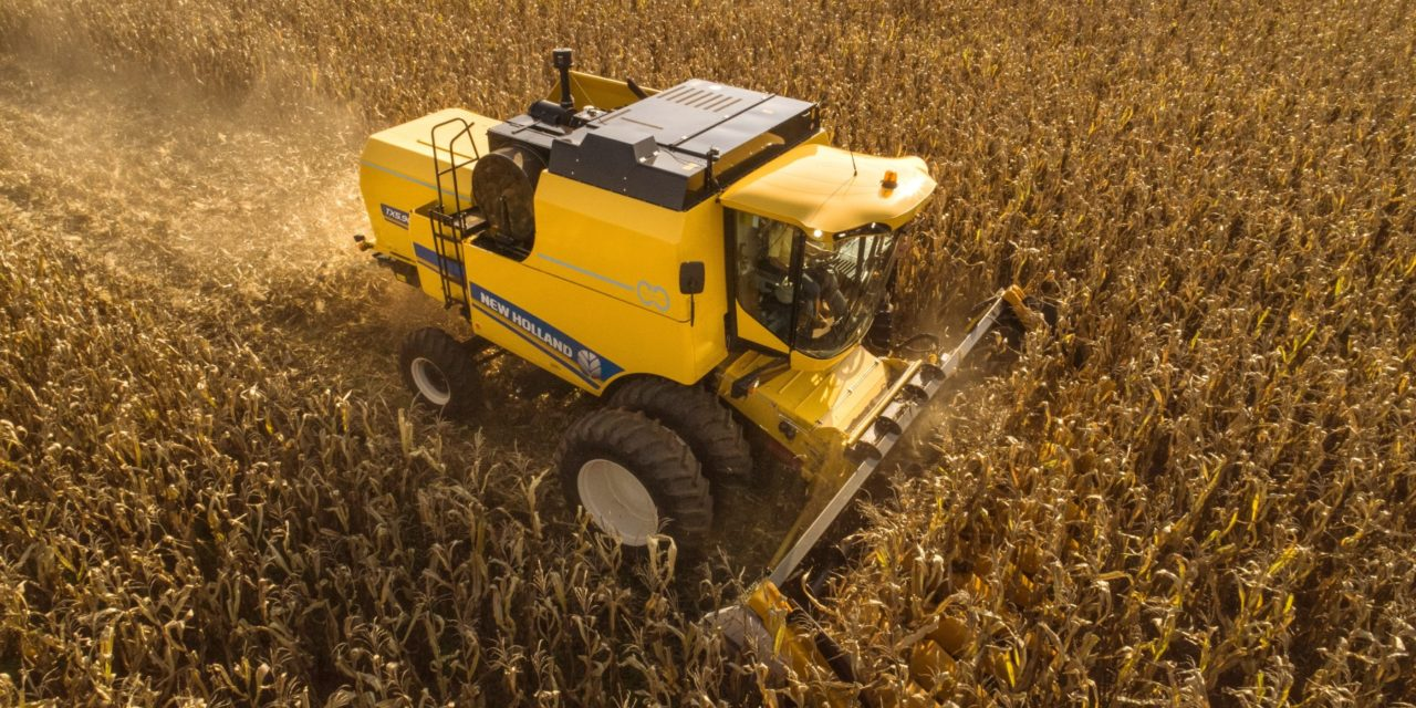 New Holland lança novas colheitadeiras TC e a co-irmã TX