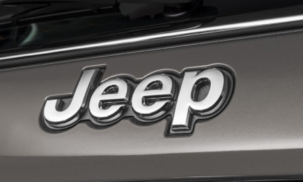 Jeep retoma vendas mensais de 2019, seu melhor ano, e ganha participação
