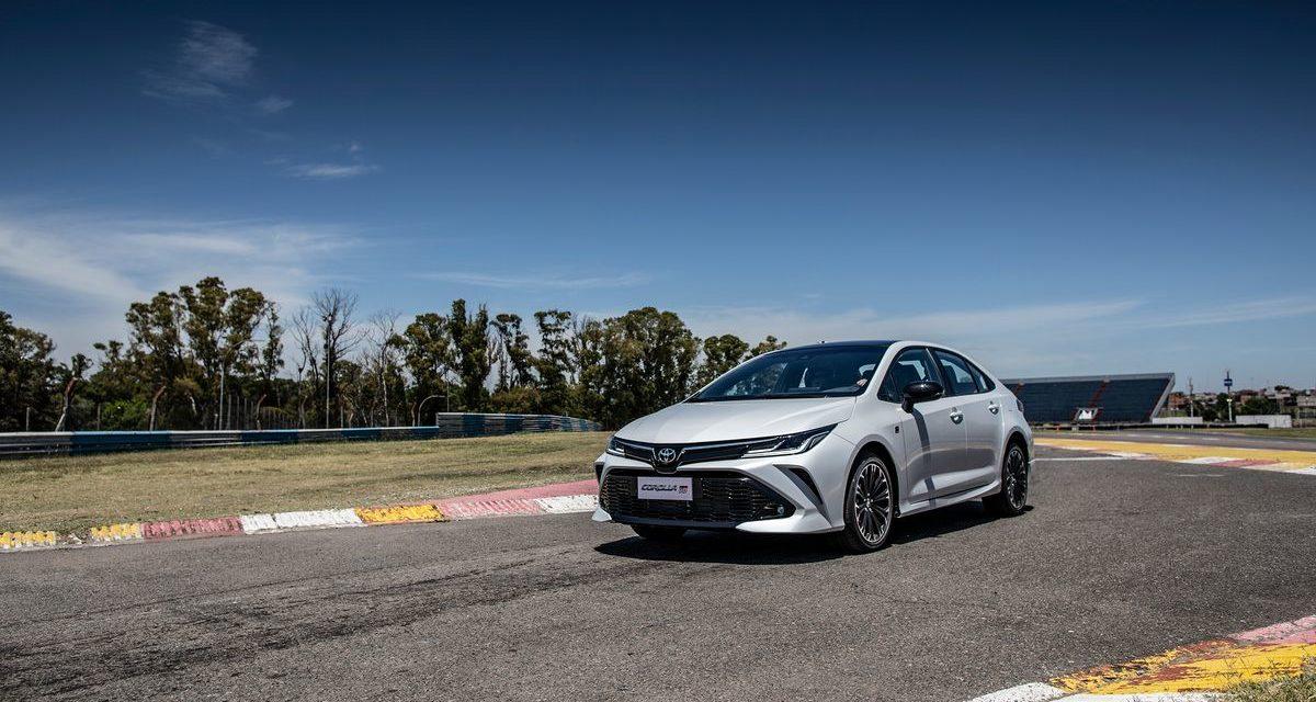 Toyota inicia vendas do novo Corolla GR-S