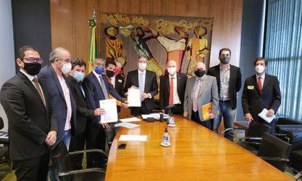 Metalúrgicos reivindicam medidas de proteção ao emprego