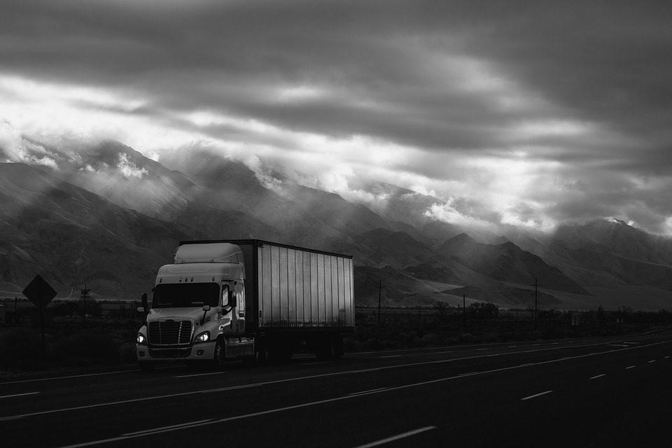 Frota de caminhões é a mais sucateada de todas