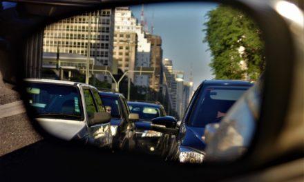 Com alta do ICMS, venda de carros despenca em São Paulo