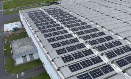 BMW utiliza energia solar na fábrica de Araquari