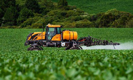 Valtra lança pulverizadores para pequenos e médios produtores