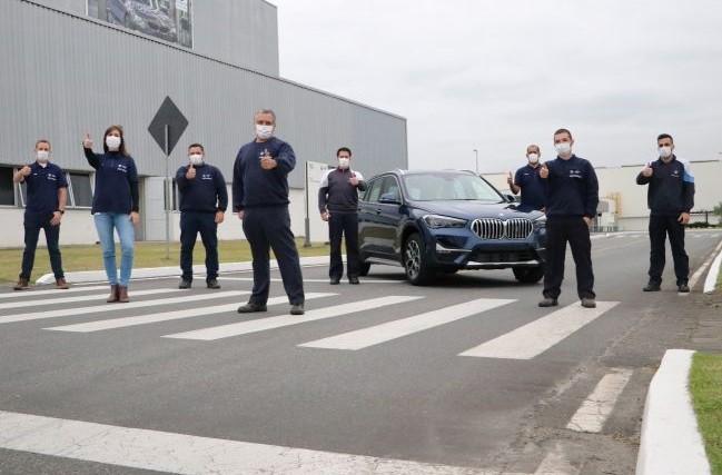 BMW promete acelerar ao atingir marco de 70 mil carros em Araquari