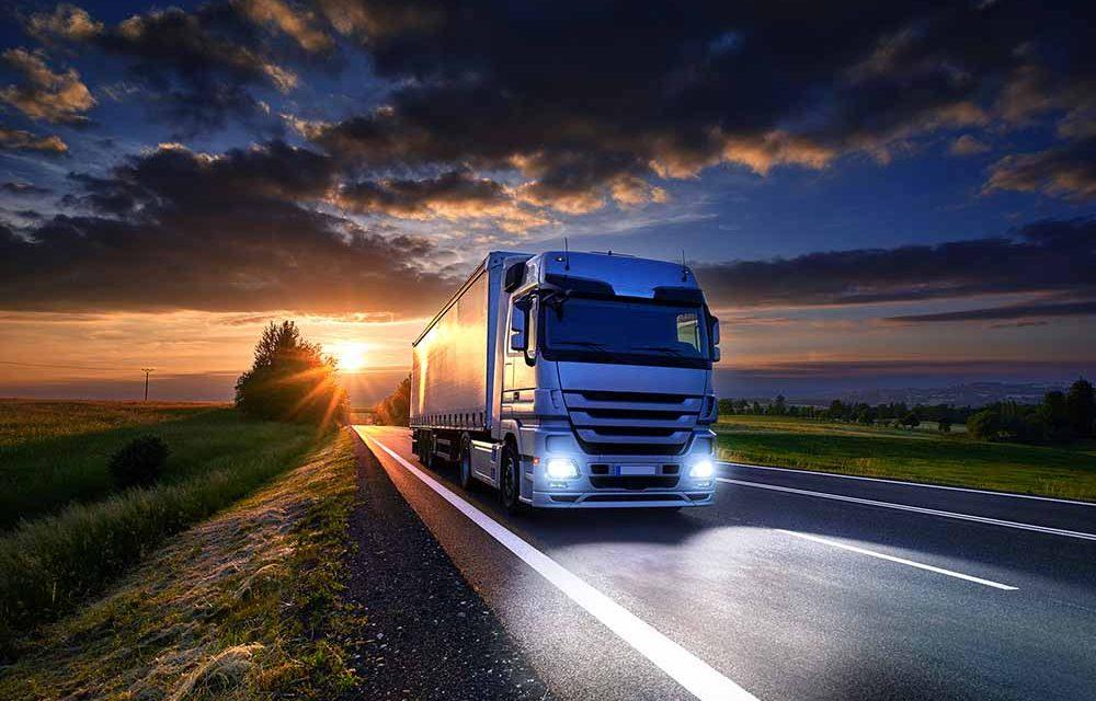 Phillips lança lâmpadas LED que atendem também veículos pesados