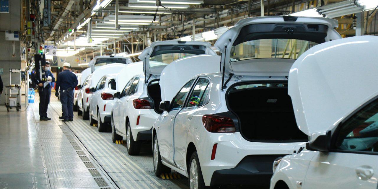 GM retoma segundo turno nas fábricas brasileiras