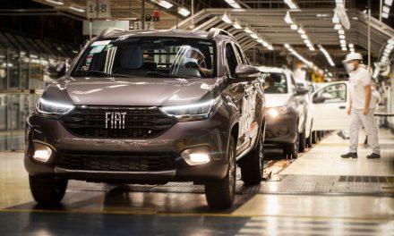 Na Fiat, 1,8 mil trabalhadores entram em lay-off na segunda-feira