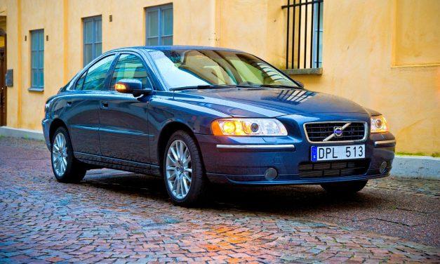 Volvo trocará airbags de 460 mil carros em todo o mundo